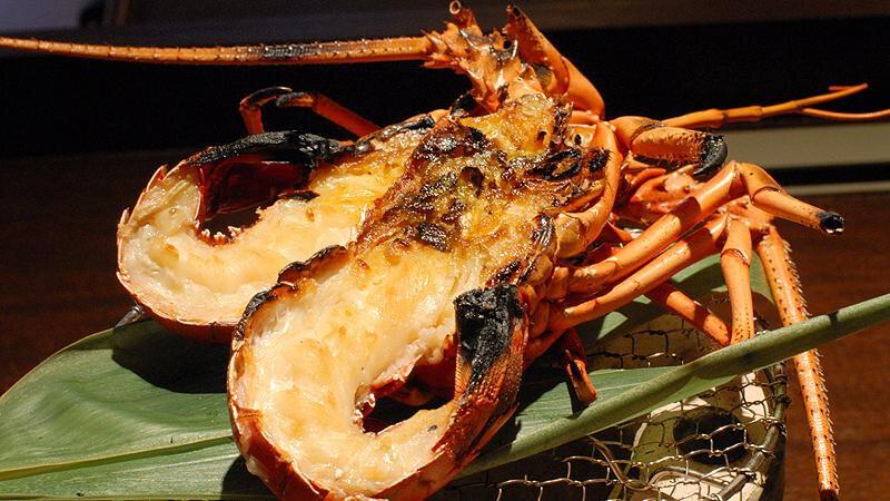 神戶牛牛扒・伊勢龍蝦刺身與開邊燒